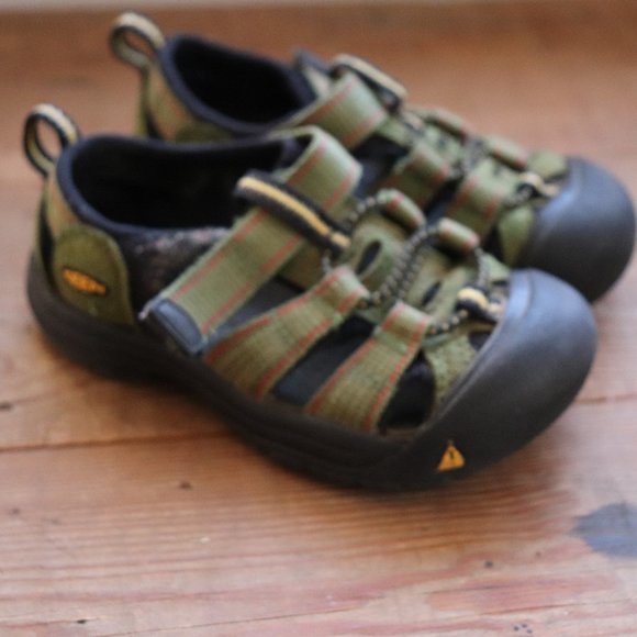 Keen Shoes | Sandals Size 6 Olive Green